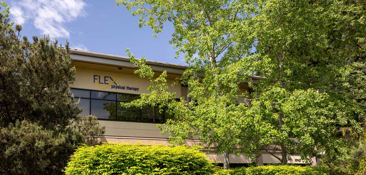 Flex Physical Therapy Bothell exterior location shot Eastside PT